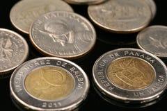 Pièces de monnaie panaméennes Photo libre de droits