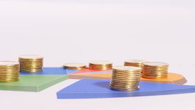 Pièces de monnaie sur le diagramme banque de vidéos