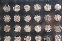 Pièces en argent au musée de Louxor chez l'Egypte Photographie stock libre de droits