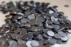 Pièces en argent ukrainiennes Pyramide d'argent Photo stock