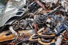 Pièces rouillées de voiture en métal de fond photo stock