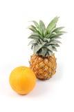 Piña y naranja Fotografía de archivo