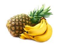 Piña y plátanos maduros. Imagen de archivo libre de regalías