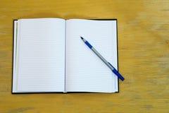Pióro i agenda Obrazy Stock