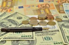 Pióro, pieniądze i dokumenty, Obrazy Stock