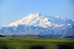Più alta cima di Europa Elbrus Immagine Stock