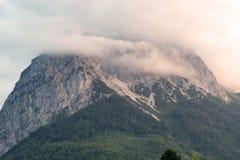 Più alta montagna della Germania al tramonto Fotografie Stock