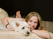 Più amore del cucciolo immagini stock