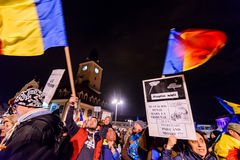 2017 - Più grande protesta anticorruzione dei rumeni nelle decadi Fotografie Stock Libere da Diritti