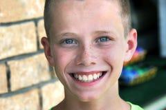 Più grande sorriso sul fronte dei ragazzi Immagine Stock Libera da Diritti