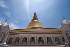 Più grande stupa in Tailandia Immagini Stock
