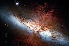 82 più sudici, galassia del sigaro o M82 nella costellazione Ursa Major fotografia stock libera da diritti