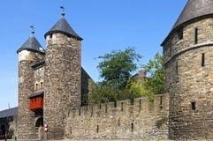 Più vecchio portone olandese della città il Helpoort a Maastricht immagini stock