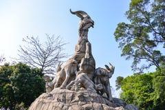 Pięć baranów statua w Yuexiu parku symbol Guangzhou, Chiny Obrazy Royalty Free