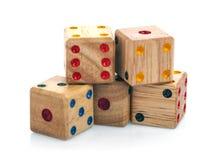 Pięć drewniany dices odosobnionego na białym tle Obrazy Royalty Free
