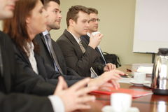 pięć konferencji grupy interesów osób