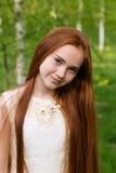 piękną dziewczynę złotowłosy czerwony Fotografia Royalty Free