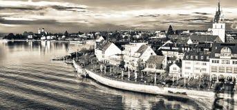 Piękna średniowieczna architektura w Friedrichshafen, Niemcy - obrazy royalty free