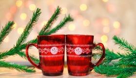 Piękna świąteczna czerwona filiżanka Zdjęcia Stock