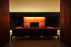 piękna żywa izbowa kanapa Obrazy Stock