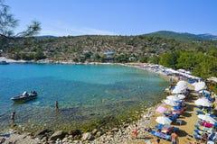 PIĘKNA Aliki plaża, Thassos wyspa, Grecja THASSOS GRECJA, WRZESIEŃ - 05 2016 - Fotografia Stock