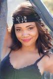 Piękna amerykanin afrykańskiego pochodzenia młoda kobieta zdjęcie stock