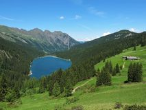 piękna błękitny jeziorna góra Obraz Royalty Free