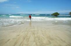 Piękna biała piasek plaża w Galapagos wyspach, Ekwador Fotografia Stock
