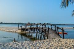 Piękna Bilene plaża, laguna blisko Maputo w Mozambik i zdjęcia stock