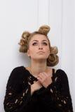 Piękna blondynki dziewczyna modląca się Zdjęcie Stock