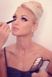 Piękna blondynki kobieta w makeup studiu zdjęcie royalty free