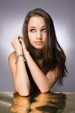 piękna brunetki życzliwi potomstwa zdjęcia stock