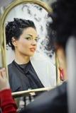 Piękna caucasian panna młoda dostaje przygotowywający dla ślubnej ceremonii obrazy royalty free