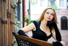 piękna czerń sukni seksowna kobieta obraz royalty free