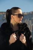 Piękna dziewczyna w okularach przeciwsłonecznych Obraz Royalty Free