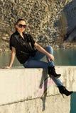 Piękna dziewczyna w okularach przeciwsłonecznych Obrazy Stock