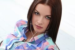 Piękna dziewczyna z śliczną twarzą Fotografia Stock