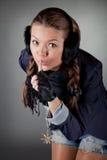 Piękna dziewczyna z cisza znakiem zdjęcia stock