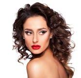 Piękna dziewczyna z fachowym makeup i fryzurą zdjęcie royalty free