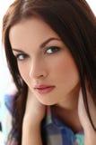 Piękna dziewczyna z wspaniałą twarzą fotografia royalty free