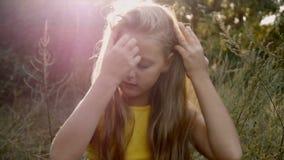 piękna dziewczyny włosiany zdrowy długi zbiory wideo