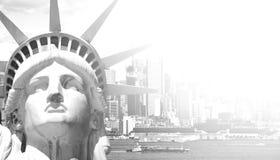 Piękna epicka czarny i biały fotografia od nowej York miasta linii horyzontu Zdjęcia Royalty Free