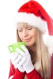 piękna filiżanka cieszy się gorącej dziewczyny herbaty Obrazy Royalty Free