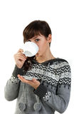piękna filiżanki dziewczyny mienia herbata Obrazy Royalty Free