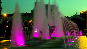 Piękna fontanna przy nocą w Dnipropetrovsk Zdjęcie Stock