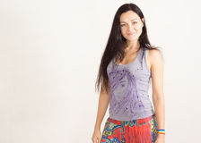 Piękna foremna modna młoda kobieta obrazy stock