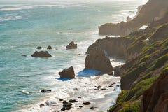 Piękna i romantyczna El matadora plaża w Malibu Fotografia Royalty Free