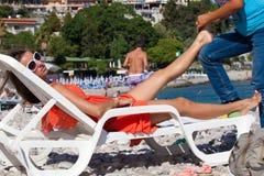 Piękna kobieta dostaje masaż fotografia royalty free