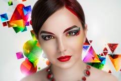 Piękna kobieta jaskrawa uzupełniał Obrazy Stock