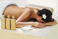 - piękna kobieta leczenia w spa. Zdjęcia Royalty Free